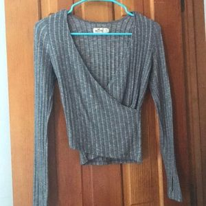 Hollister gray wrap crop top $15 size small.